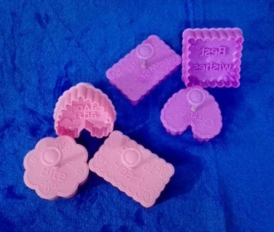 قالب کیک پلاستیکی 2000 فروش